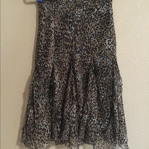 Dresses & Skirts - 🌸 2 for $25. LEOPARD SKIRT SIZE SMALL